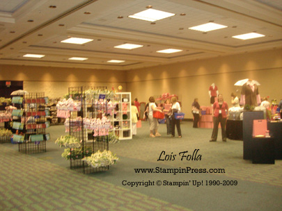Momento Mall Room